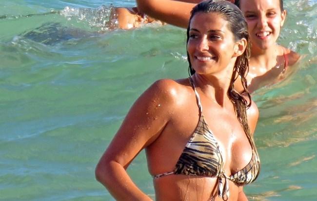 Fotos De Mulheres De 35 Anos Em Bikini-6204