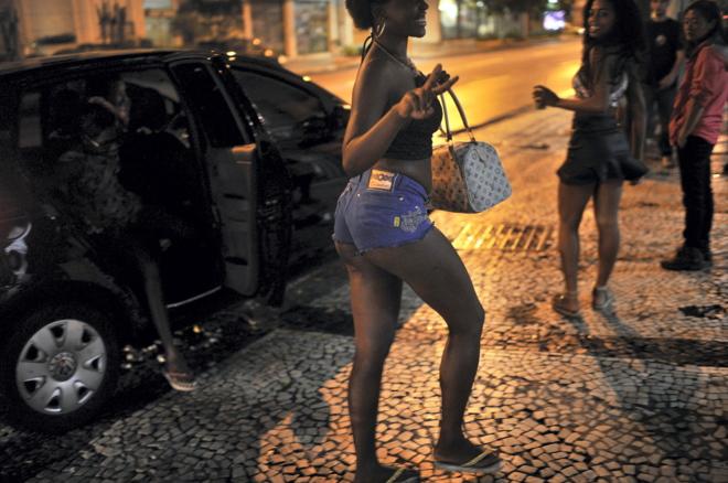Contatos Putas Em Rio De Janeiro-7452