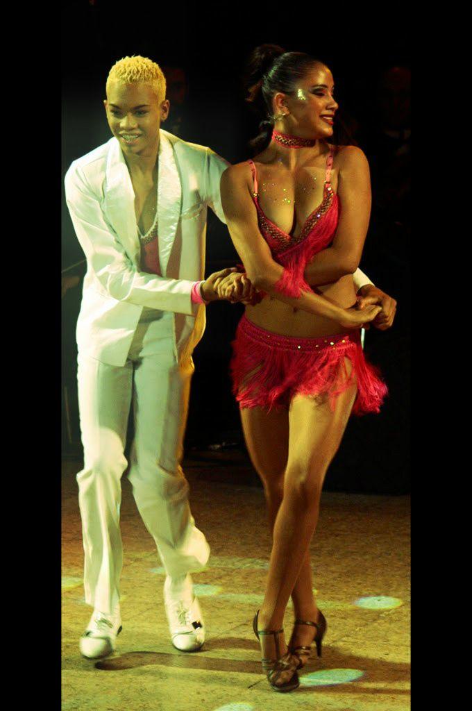 Procuro Parceiro De Dança Desportiva Em Detroit-1106