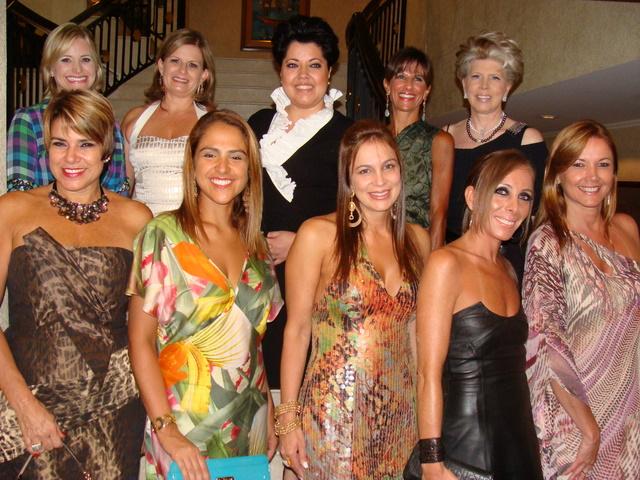 Anúncios Mulheres Sole Curitiba-6701