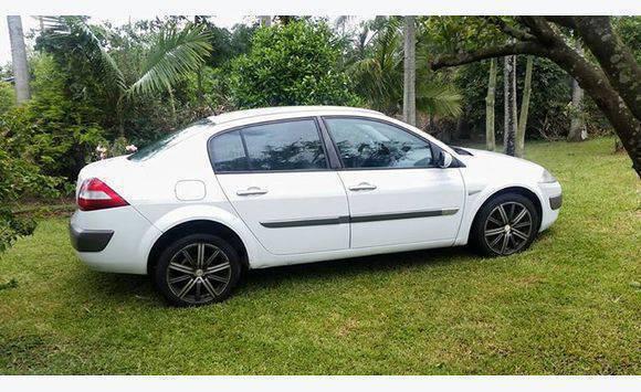 Quando Anuncio Renault Megane Martinique-7742