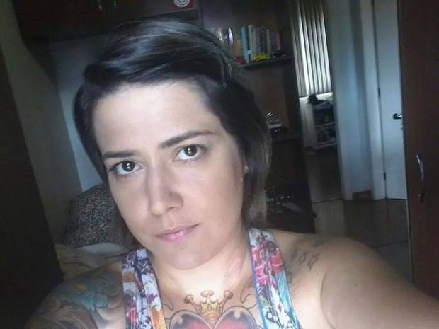 Menina Casada Procura Casal-7765