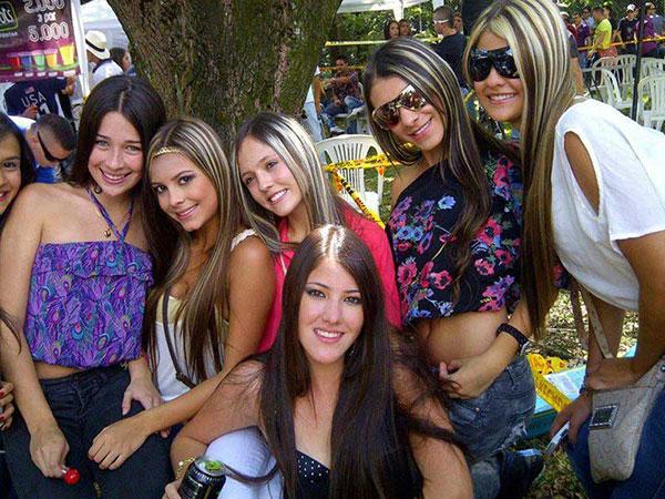 Uncios Mulher Colombia-9069